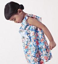 Plastikkleiderbügel für Kinder