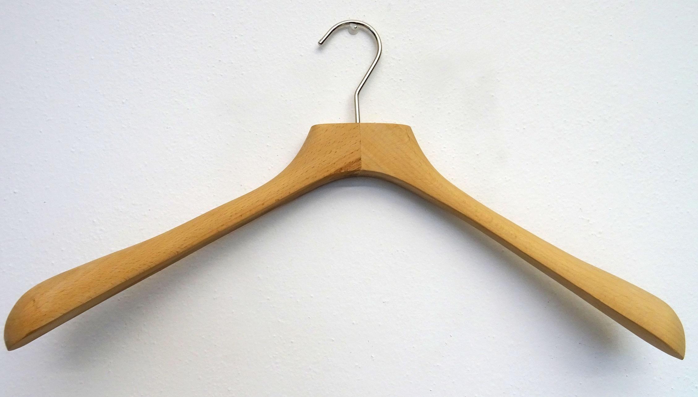 Wood hangers VIP 45